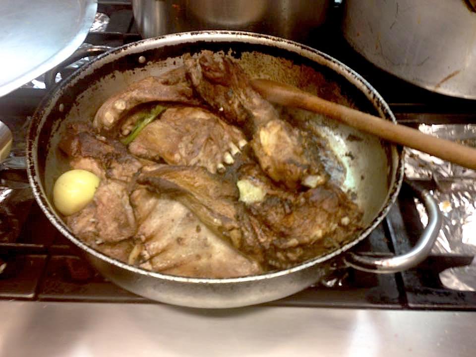 Cucinare il pranzo di Natale alla Caritas di Firenze. Proprio un altro giorno