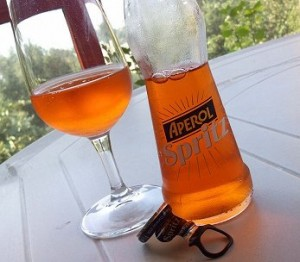 Nell 39 abisso della casalinghitudine ho assaggiato l 39 aperol for Bicchiere da spritz