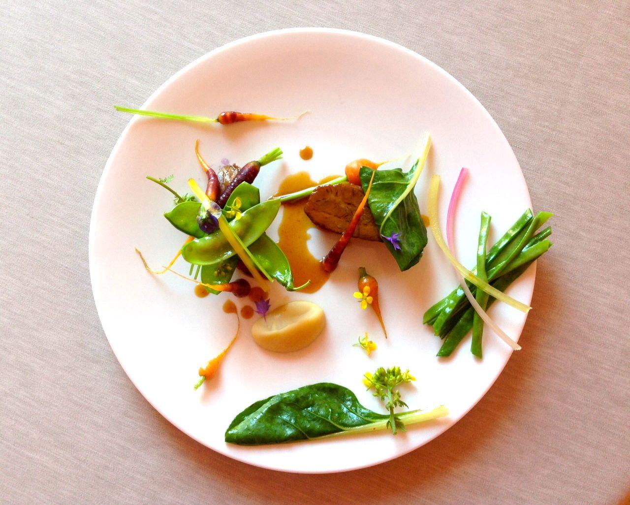 """Cara Borletti Buitoni, aggiunga il """"Minuscolo pezzettino di carne con quattro fagiolini"""" di Enrico Crippa al suo curriculum. Offre Intravino"""