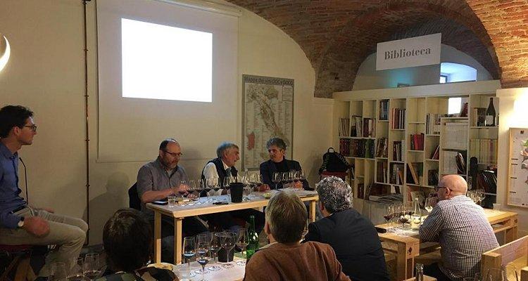 La Bogliona di Scarpa in verticale e il flusso di coscienza collettivo annesso (special guest: Sandro Sangiorgi)