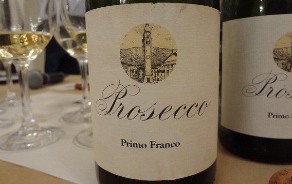 Primo Franco ha trent'anni. Assaggiamo sette annate del suo Prosecco per scoprire se regge il tempo