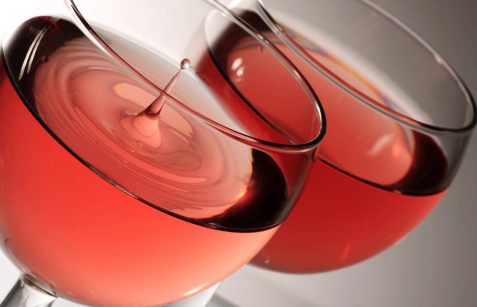 Tutti dicono Rosé. Intravino-Bignami: tutto il Rosato in 10 bottiglie giuste giuste per l'estate