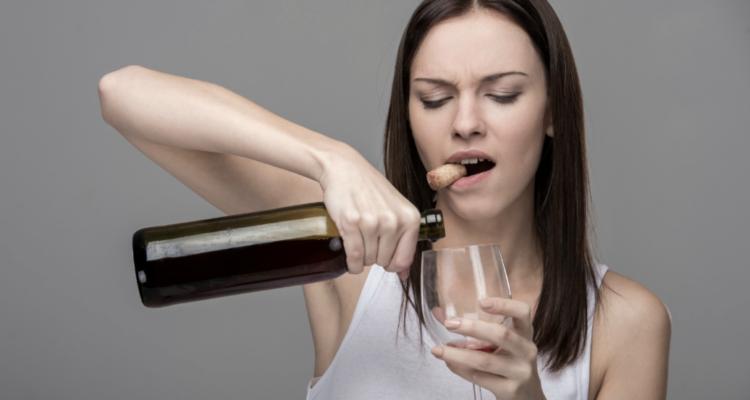 Ve lo dico una volta per tutte: il vino che piace alle donne è fatto esattamente così