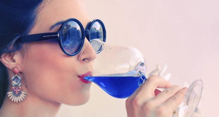 """Neanche il vino blu salverà il più """"mentalmente chiuso"""" dei settori produttivi"""
