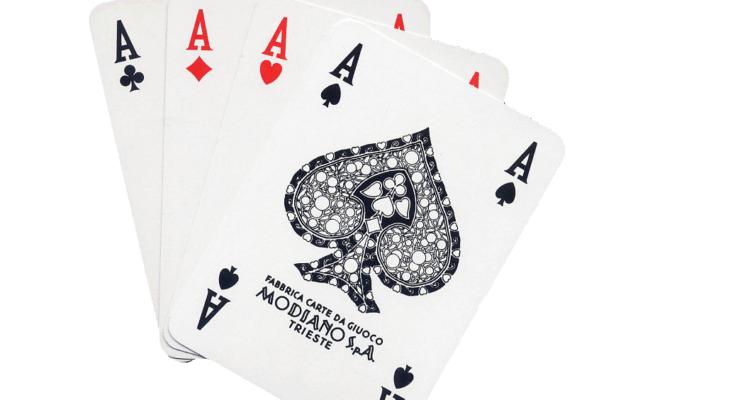Trovarsi un poker d'assi di Dom Perignon in mano: P2 1998, P3 1982, P3 1983, P2 1996