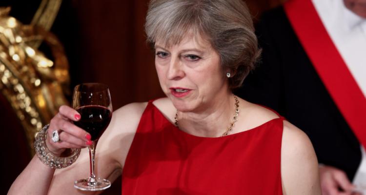 Brexit: che succederà a fine mese al whisky ed al Prosecco?