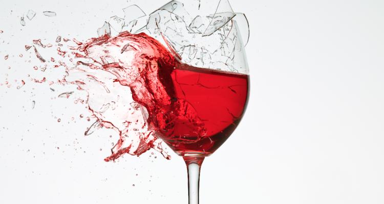 Internet sta cambiando anche il mondo del vino e non è detto che lo stia migliorando