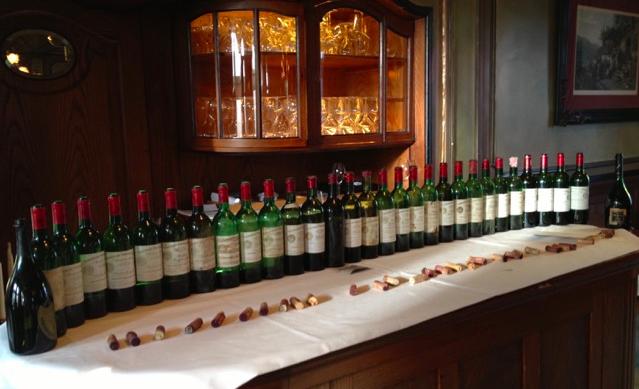 Mostruosa verticale di Cheval Blanc in 30 annate (e un 1947 finale da 100/100)