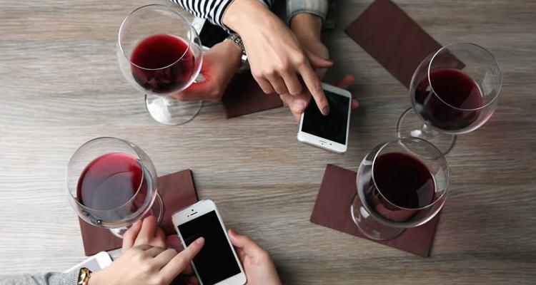 Chi sono i Millenials e perché bevono tanto vino (bio e naturale)