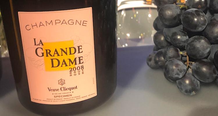 Veuve Clicquot La Grande Dame 2008 Brut e Rosè: il pinot nero regna sovrano