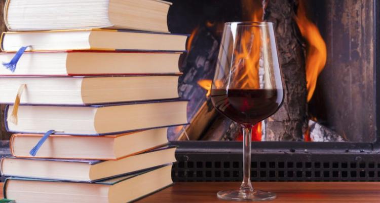 Il vino da leggere: 7 libri per l'ora del the