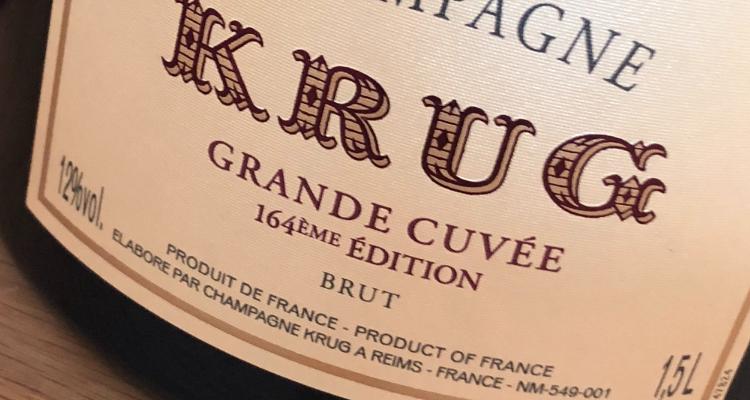 Krug a confronto: meglio la magnum o la bottiglia classica?