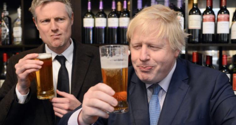 Boris Johnson odia più il vino o l'Europa?