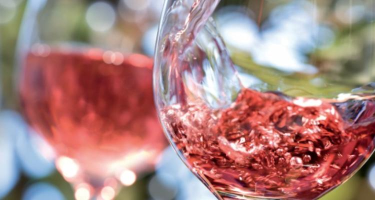 """""""Se son rosè fioriranno"""": 10 vini toscani da passarci l'estate"""