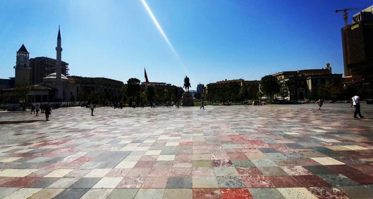 Sono stata 9 giorni in Albania e non ci ho capito una fava (anzi, un'oliva)