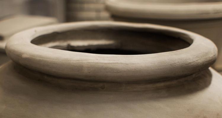 Il vino in anfora: siamo tornati all'età della pietra?