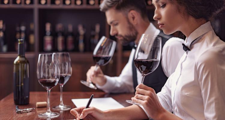 Lockdown Natalizio: diplomatevi con questi 6 corsi gratis sul vino