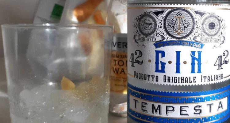 Ho bevuto il Gin della Lidl (6 euro) e ora vi posso dire com'è