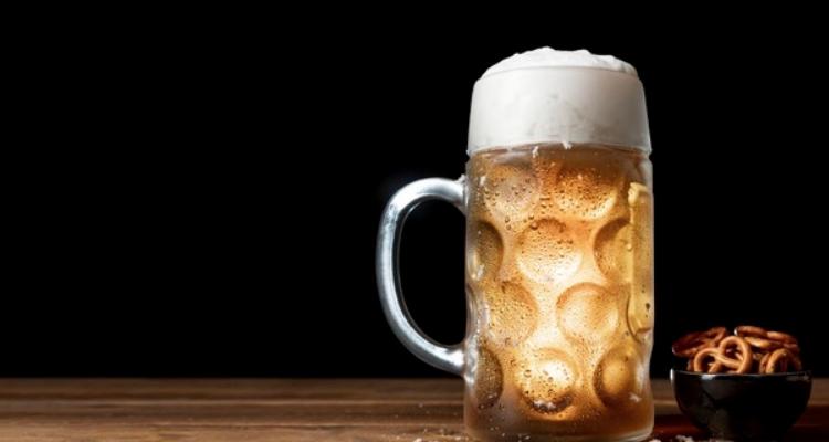 Perché la birra non sfonda nei ristoranti (e il vino invece sì)