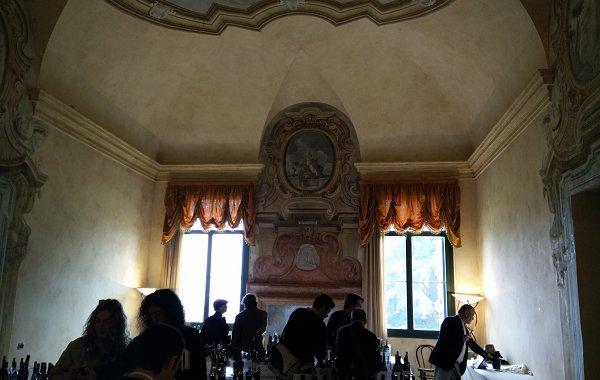 La sala degli assaggi a Villa Favorita è il mio nuovo angolo di mondo preferito