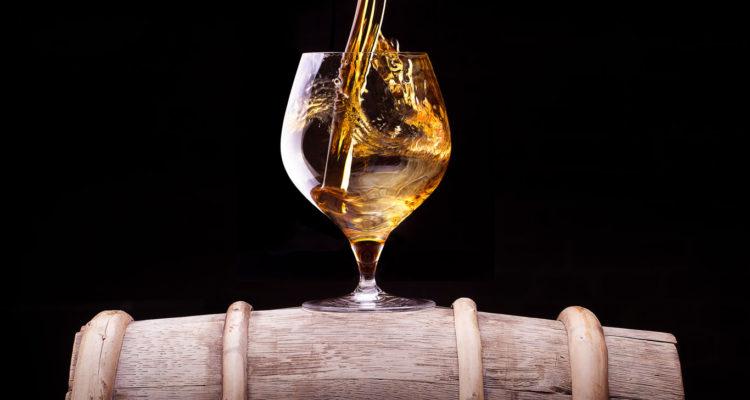 Come distinguere il rum artigianale da quello industriale
